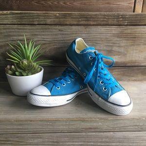 •Converse• unisex blue lo sneakers